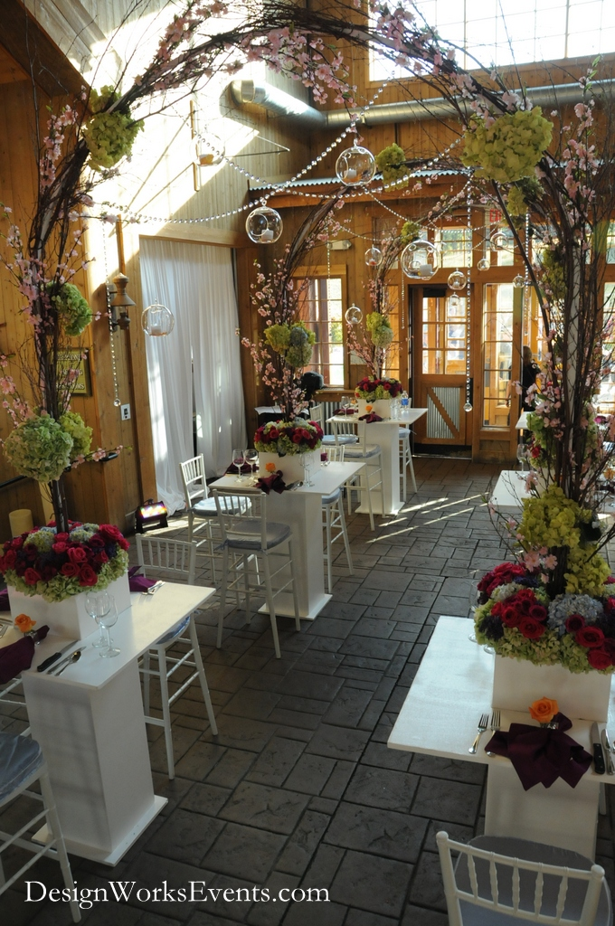 Cabaret Table Floral Arches (2)
