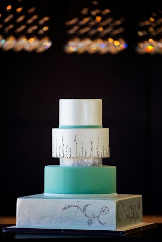 Clean Cut Cake