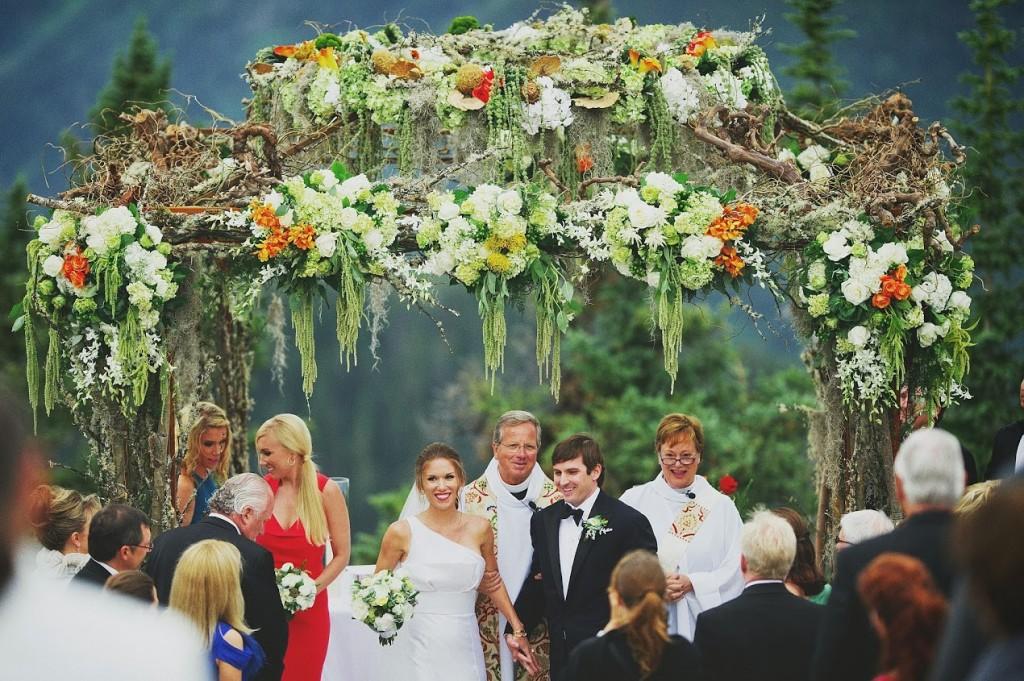 Romantic Ceremony Structure