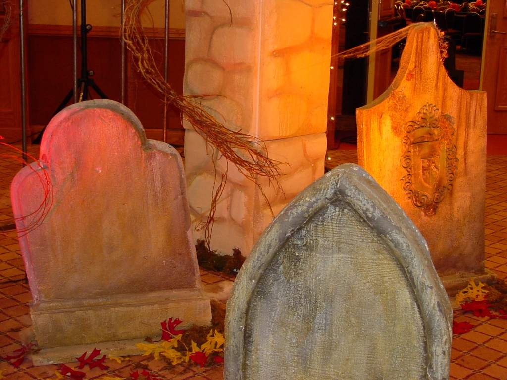 Corporate Halloween Theme 10-2001 (12), tombstones close up
